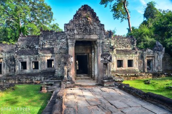 Temple entrance, Angkor Wat, Cambodia